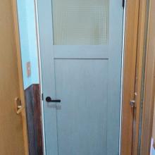 洗面室ドア交換