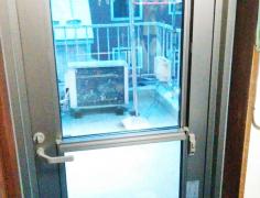 東京都北区 勝手口 ドア交換 アルミドア