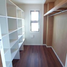 扉をなくし、収納スペースを拡大
