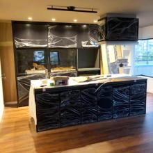 キッチン背面収納脇造作家具設置前